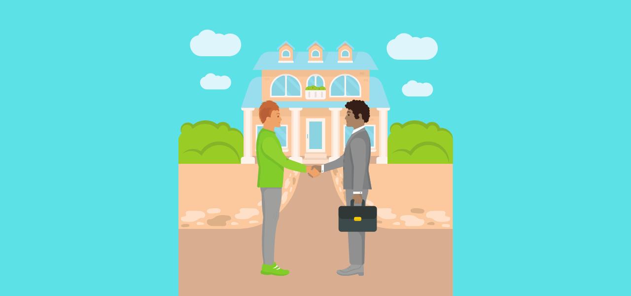Eiendomsmegler håndhilser på boligselger med hus i bakgrunnen